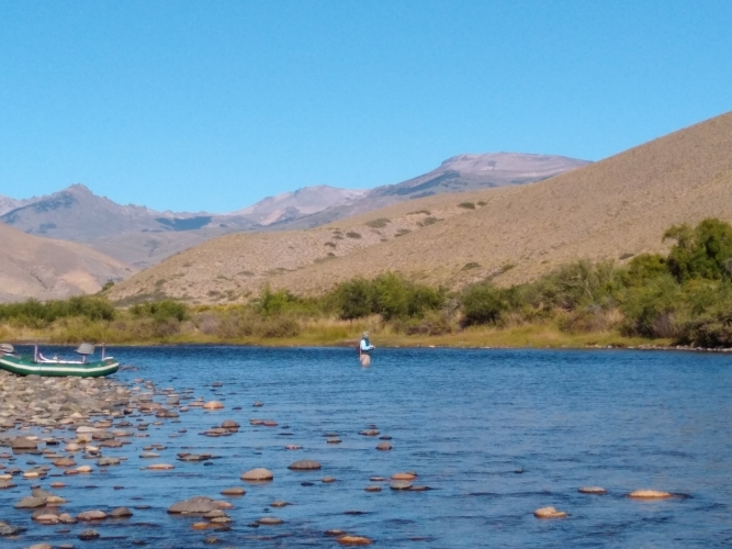 In Junín de los Andes, Neuquen, Argentina you can pesca en Junin de los Andes / San Martin de los An with LATITUR