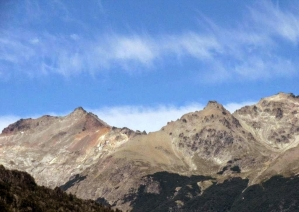 With LATITUR on Cerro Falkner, Neuquén, Argentina you can make Trekking Guiado: Cerro Falkner