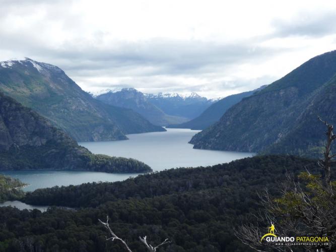 In Puerto López, Bariloche, Río Negro, Argentina you can Trekking al Brazo Tristeza with LATITUR
