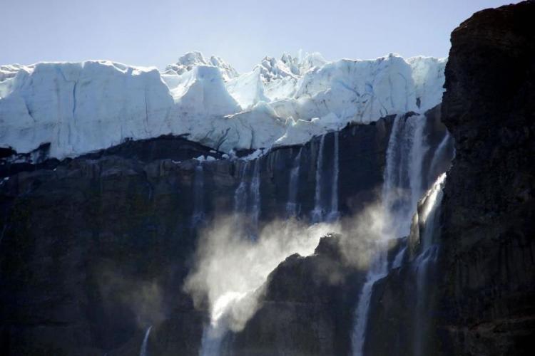 In San Carlos de Bariloche, Río Negro, Argentina you can Excursión al Cerro Tronador y Ventisquero Negro with LATITUR