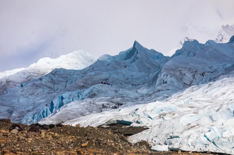 In Puerto Bajo las Sombras - Hielo y Aventura, El Calafate, Santa Cruz, Argentina you can Minitrekking por Glaciar Perito Moreno with LATITUR