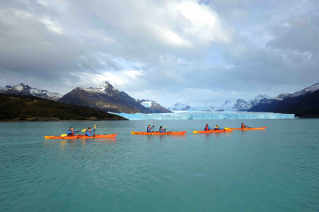 With LATITUR on Glaciar Perito Moreno, Santa Cruz, Argentina you can make Perito Moreno Kayak Experience - Full Day