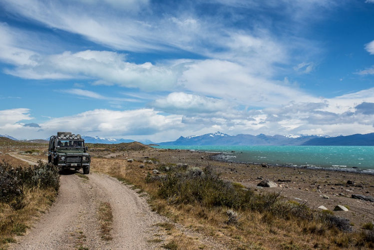 In Lago Argentino, Santa Cruz, Argentina you can Nativo Experience: Travesía en 4x4 with LATITUR