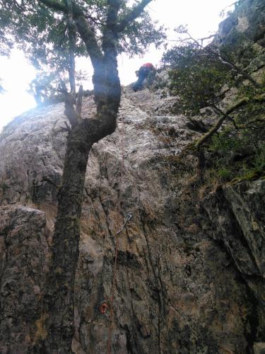 In Ushuaia, Tierra del Fuego, Argentina you can Escalada en roca en Ushuaia with LATITUR