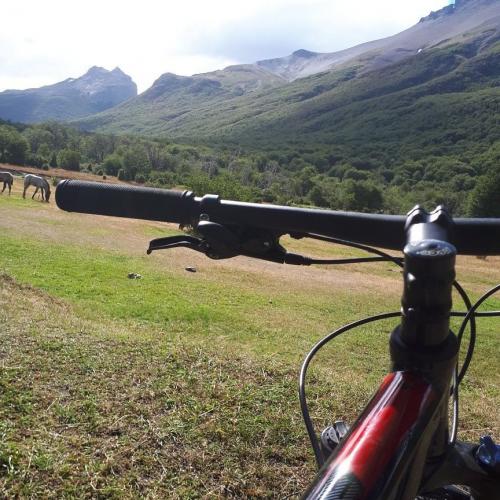 In Avenida San Martín 830, Ushuaia, Tierra del Fuego, Argentina you can Tour en bici al Tren del Fin del Mundo with LATITUR