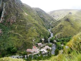 With LATITUR on Merlo you can make Trekking Pueblo Escondido y Salto del Tigre  Full