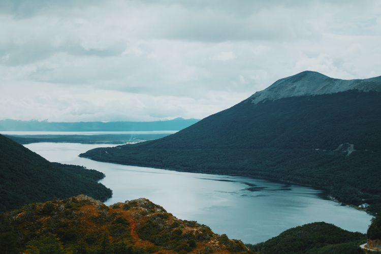 In Lago Escondido, Tierra del Fuego, Argentina you can HACIA LOS LAGOS ESCONDIDO Y FAGNANO with LATITUR