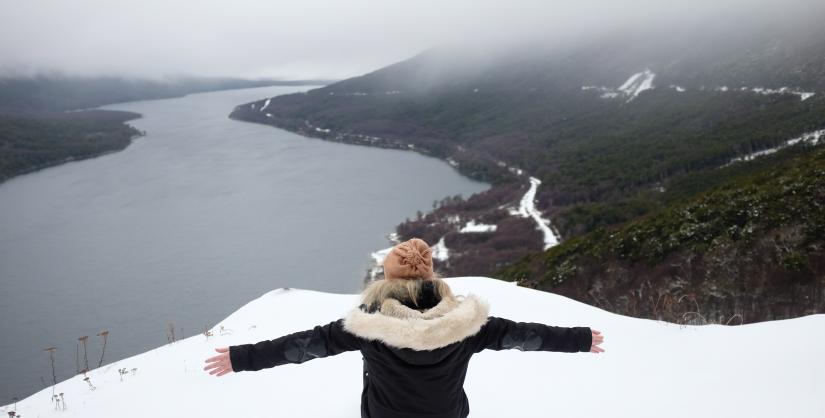 In Lago Escondido, Tierra del Fuego, Argentina you can Lago Escondido y Centros Invernales with LATITUR