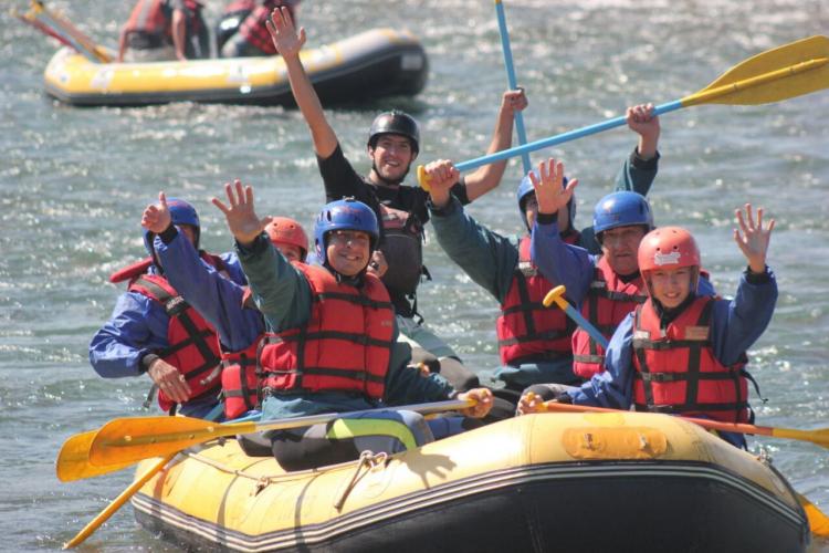 In Blanco Encalada, Mendoza, Argentina you can Rafting en Río Mendoza - Blanco Encalada with LATITUR