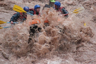 With LATITUR on Potrerillos, Mendoza, Argentina you can make Rafting Potrerillos y Cabalgata en Mendoza
