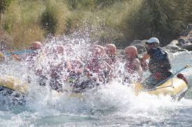 In Potrerillos, Mendoza, Argentina you can Rafting Potrerillos y Arborismo en Cacheuta with LATITUR