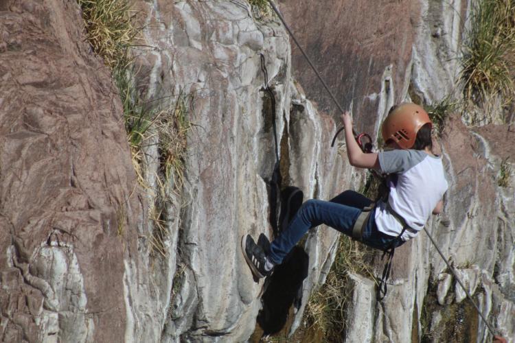 In Cacheuta, Mendoza, Argentina you can Trekking con Rappel en Cacheuta with LATITUR