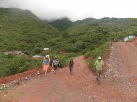 With LATITUR on Valle Colorado you can make Trekking de Quebrada a las Yungas por Qhapac Ñan