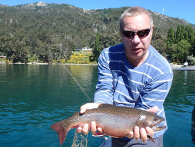 With LATITUR on Lago Gutiérrez you can make Pesca en Lago Gutierrez