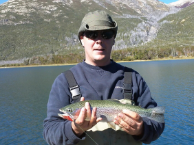 With LATITUR on Lago Los Moscos you can make Pesca en Lago Los Moscos