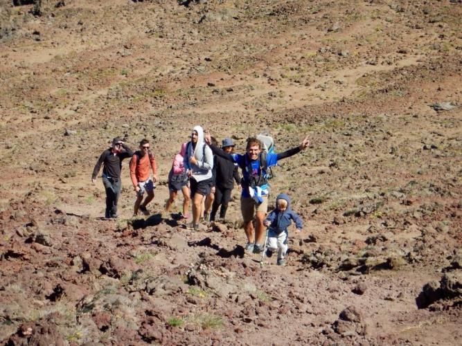 In Cerro Colorado, Neuquén, Argentina you can Trekking al Cerro Colorado with LATITUR