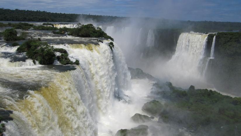 In Cataratas del Iguazú, Misiones, Argentina you can Cataratas del Iguazú - lado de Brasil with LATITUR