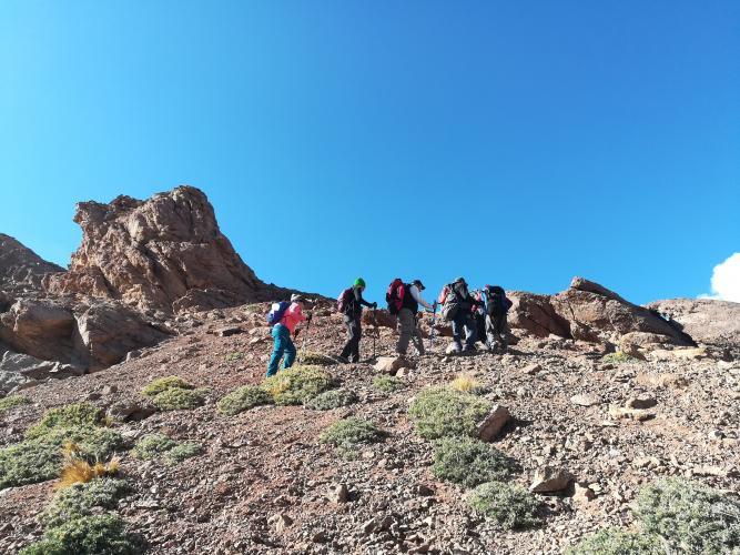 In Cerro Penitentes, Mendoza, Argentina you can Ascenso Cerro Penitentes   Mendoza Argentina with LATITUR
